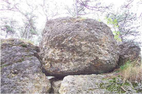 01 3 - Das alte Grab bei Hernstein