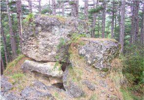 07 2 295x205 - Das alte Grab bei Hernstein