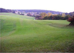 16 1 293x212 - Das alte Grab bei Hernstein