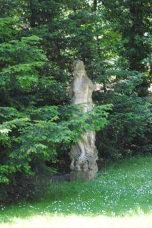 PoetzleinsdorferSchlosspark 005 223x333 - Kraftplätze & Kultbäume im Pötzleinsdorfer Schlosspark