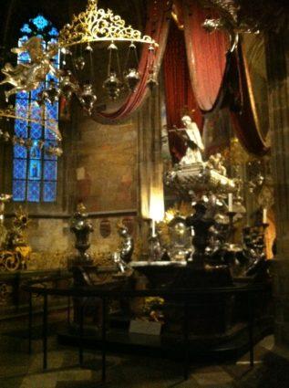 Prag Veitsdom 2013 016 317x425 - Prag: zu Besuch bei einer Königin
