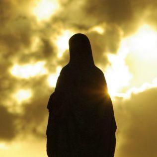 virgin 335500 1280 small 316x316 - Mariä Himmelfahrt, die Kräuterweihe und der Frauendreißiger