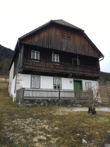 Puergg 008 358x477 - Pürgg - zu Besuch im steirischen Kripperl: Georgskirche, Katharinenkapelle und das Johanneskircherl