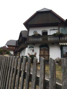 Puergg 013 227x303 - Pürgg - zu Besuch im steirischen Kripperl: Georgskirche, Katharinenkapelle und das Johanneskircherl