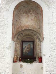 Puergg 027 235x313 - Pürgg - zu Besuch im steirischen Kripperl: Georgskirche, Katharinenkapelle und das Johanneskircherl