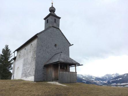 Puergg Johanniskapelle 007 444x333 - Pürgg - zu Besuch im steirischen Kripperl: Georgskirche, Katharinenkapelle und das Johanneskircherl