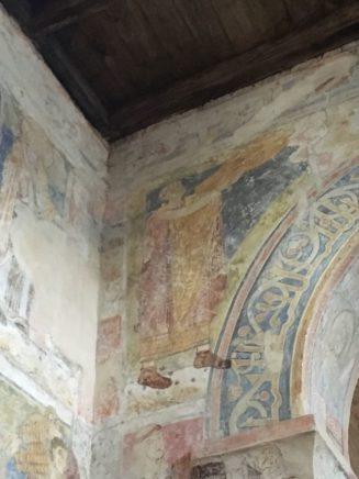 Puergg Johanniskapelle 036 327x436 - Pürgg - zu Besuch im steirischen Kripperl: Georgskirche, Katharinenkapelle und das Johanneskircherl
