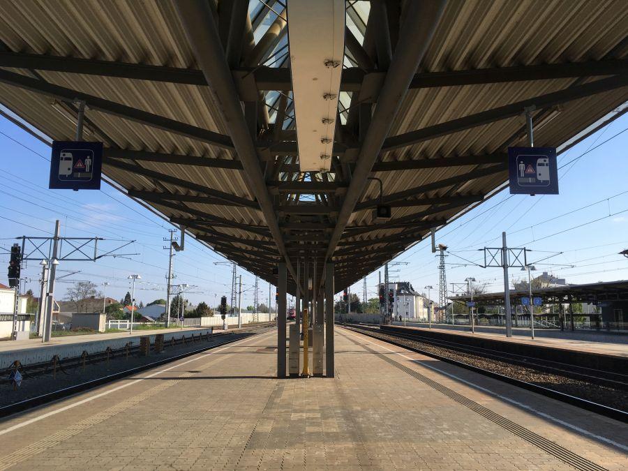 Bahnhof 001 - Wasserader, Verwerfung & Co: Radiästhetische Probleme - Der gute Schlafplatz, Teil 3
