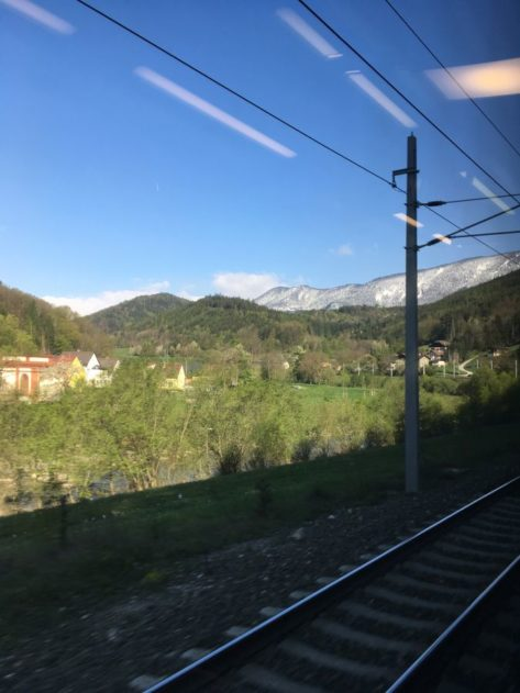 Bahnhof 003 473x631 - Zitat - Fundstück: Das Leben als Reise