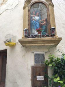 MaltaGozo Sonntag1 025 225x300 - Auf Göttinnenspuren in Malta & Gozo - Rückblick 1/3: Land und Leute