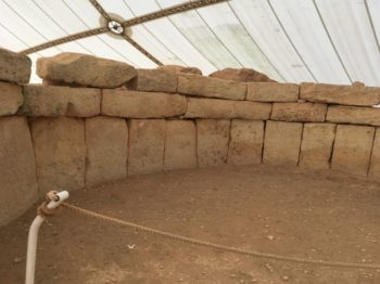 MaltaGozo Mnjadra 082 350x262 - Auf Göttinnenspuren in Malta & Gozo - Rückblick 2/3: die Tempel
