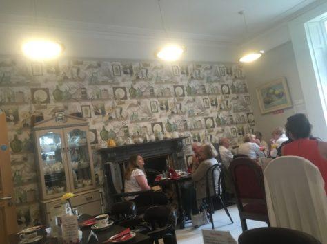 img 3649 474x355 - Über üppigen Tee, Heilige Quellen und good ol´ Dublin - mit dem Käsehobel in Irland
