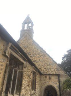 img 4307 249x333 - Chalice Well, eine bezaubernde Kapelle und ein magischer Garten - mit dem Käsehobel in England