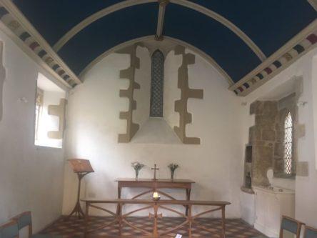 img 4313 444x333 - Chalice Well, eine bezaubernde Kapelle und ein magischer Garten - mit dem Käsehobel in England
