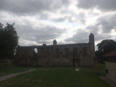 img 4375 374x280 - Chalice Well, eine bezaubernde Kapelle und ein magischer Garten - mit dem Käsehobel in England