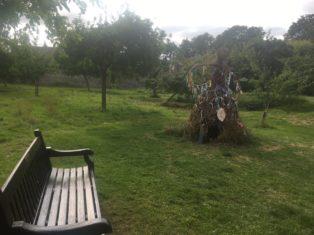 img 4475 314x235 - Chalice Well, eine bezaubernde Kapelle und ein magischer Garten - mit dem Käsehobel in England