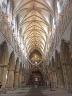 img 4783 235x313 - Steinkreise, Pubs und Kathedralen - mit dem Käsehobel in England