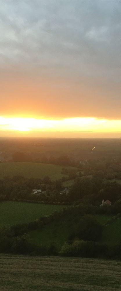TorEngland2018 037 - Gog, Magog und ein magischer Sonnenuntergang am Tor - mit dem Käsehobel in England
