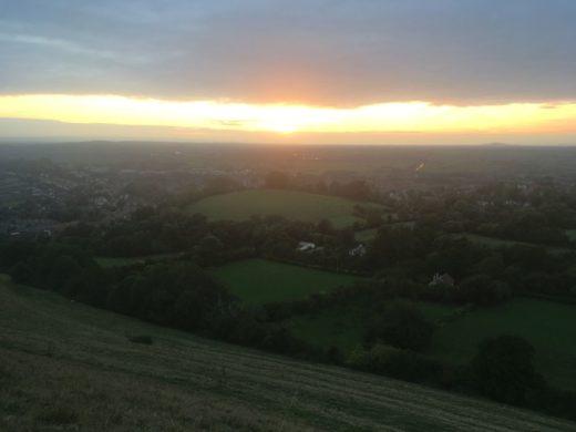 TorEngland2018 041 520x390 - Gog, Magog und ein magischer Sonnenuntergang am Tor - mit dem Käsehobel in England