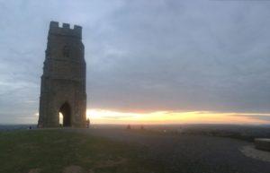 TorEngland2018 045 300x193 - Gog, Magog und ein magischer Sonnenuntergang am Tor - mit dem Käsehobel in England