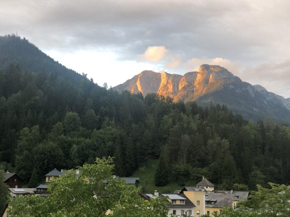 Trisselwand BadAussee sm 1140x855 - Bad Aussee: Zwischen Sommerfrische und Ambivalenz